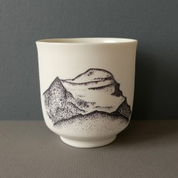 white porcelain cup Cho Oyu