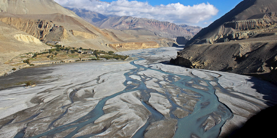 Kali Gandaki's valley