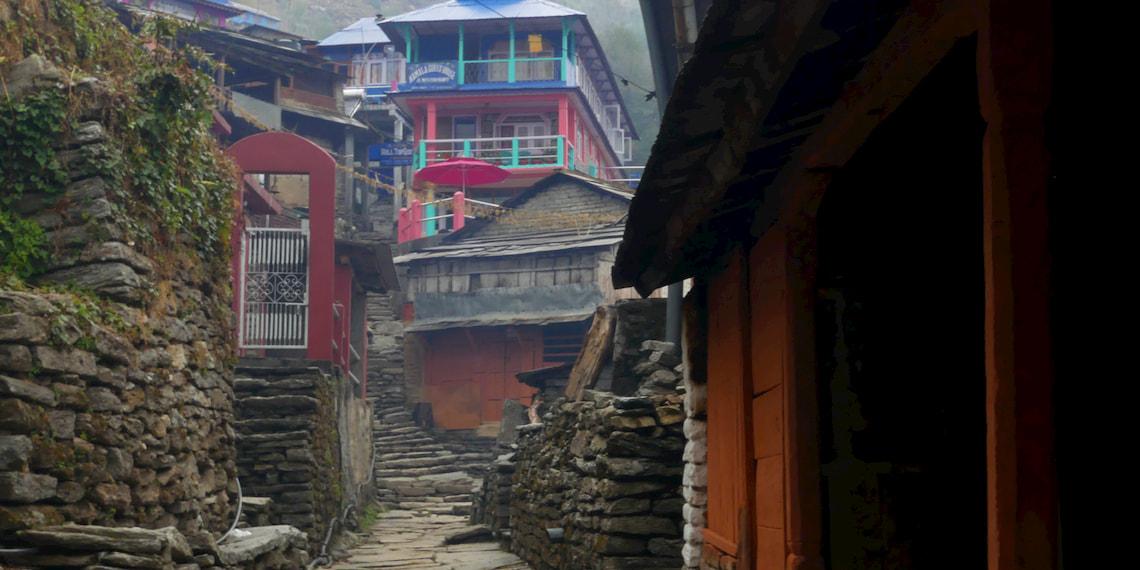Ulleri village on the way to ghorepani