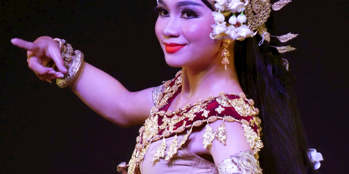 The Apsara cambodian dancers, a real jewel from Cambodia